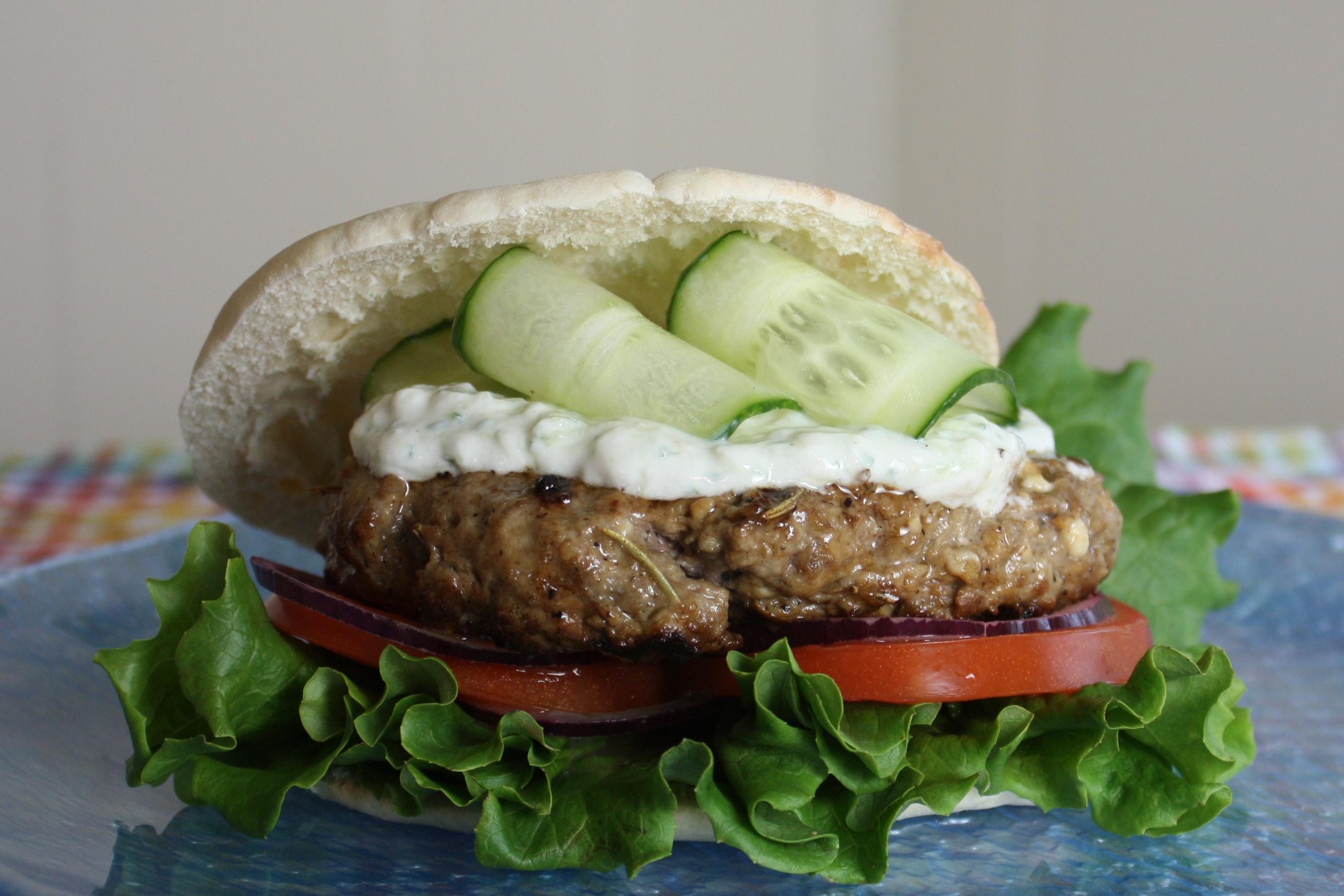 Greek Lamb Burgers With Tzatziki Sauce The Gourmand Mom