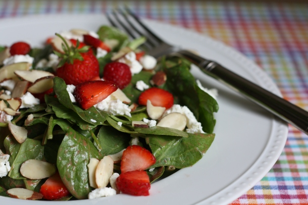 Strawberry Spinach Salad with Goat Cheese and Almonds   The Gourmand ...