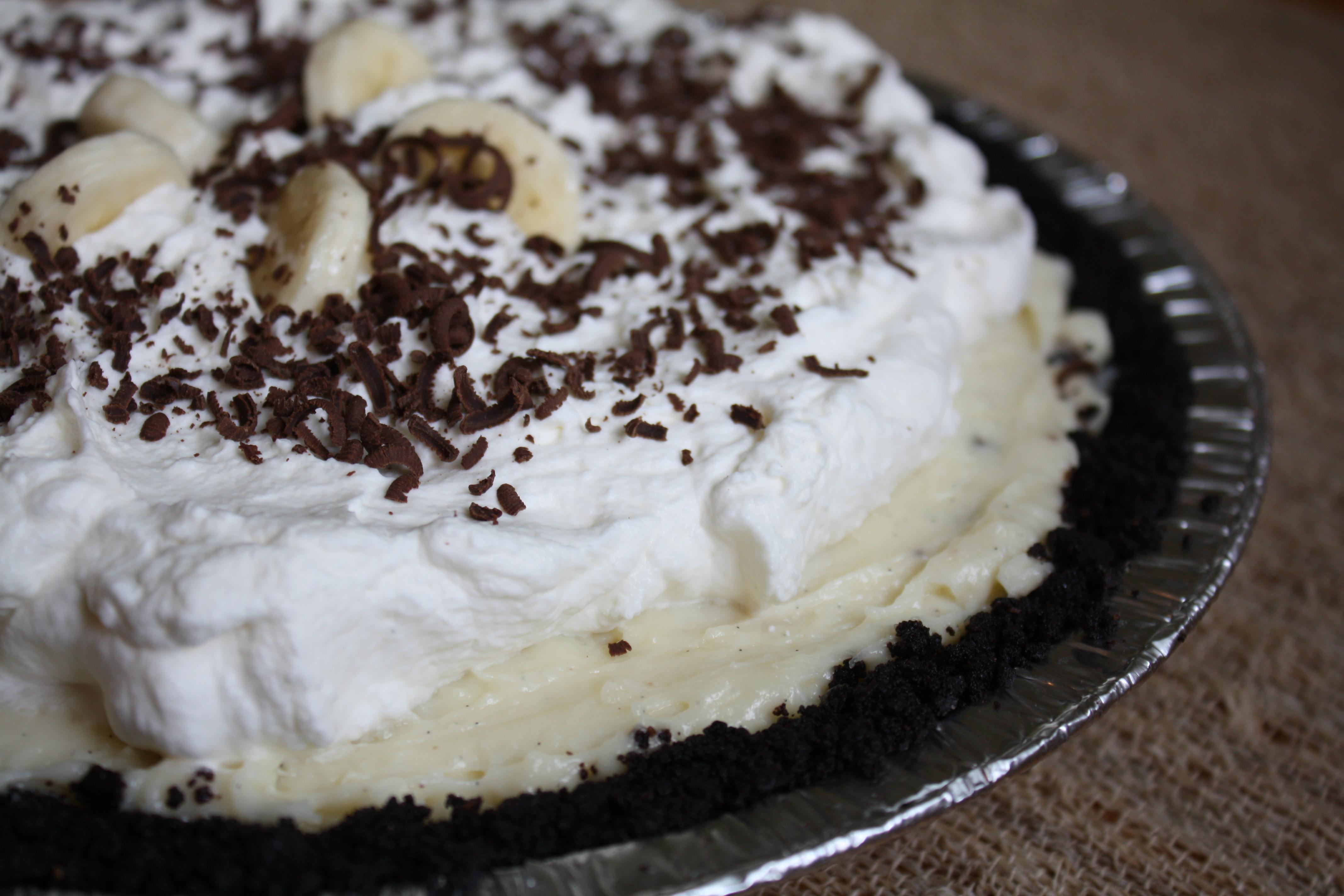 Black Bottom Banana Cream Pie | The Gourmand Mom