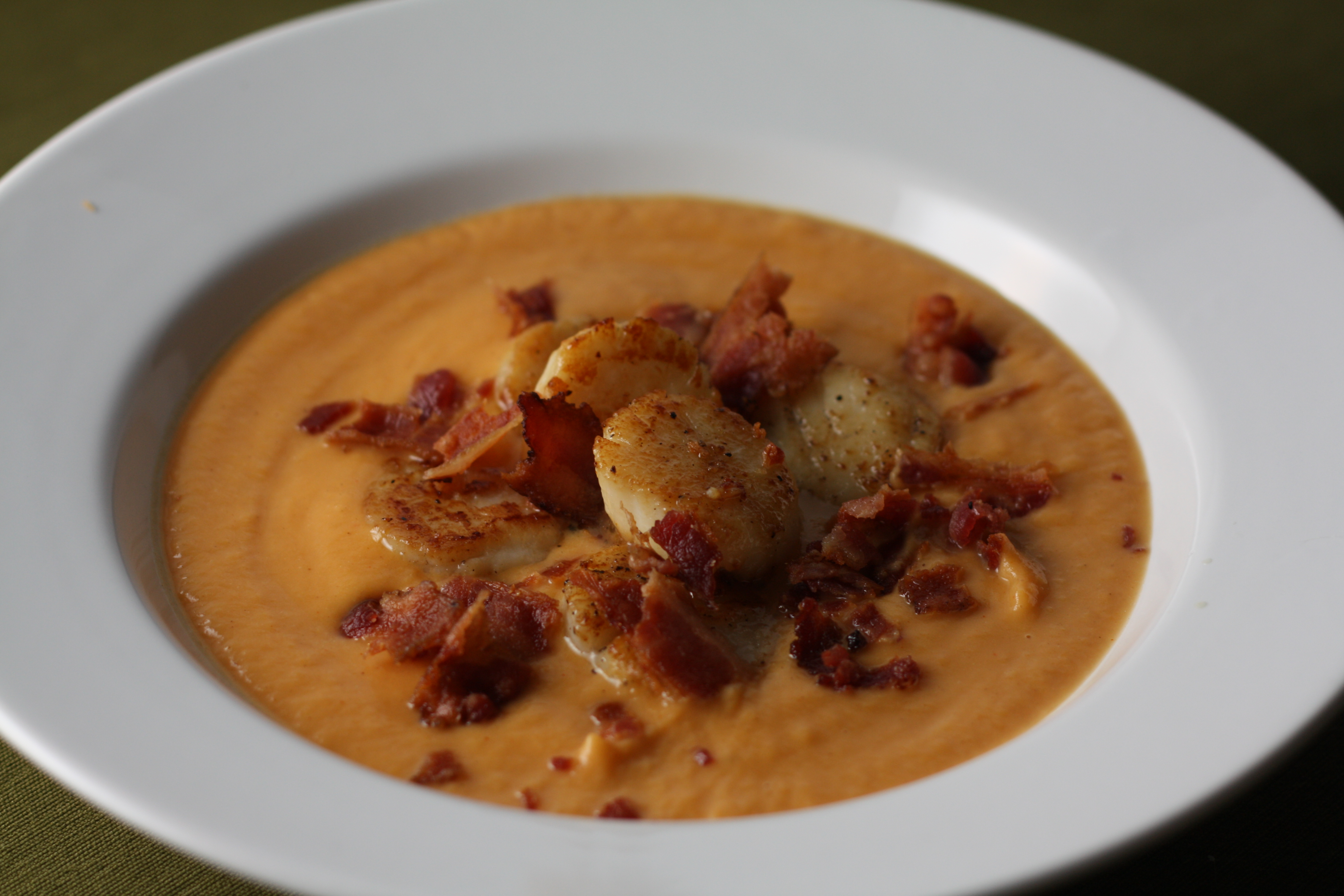 Sweet Potato Bisque with Pan-Seared Scallops and Bacon | The Gourmand ...