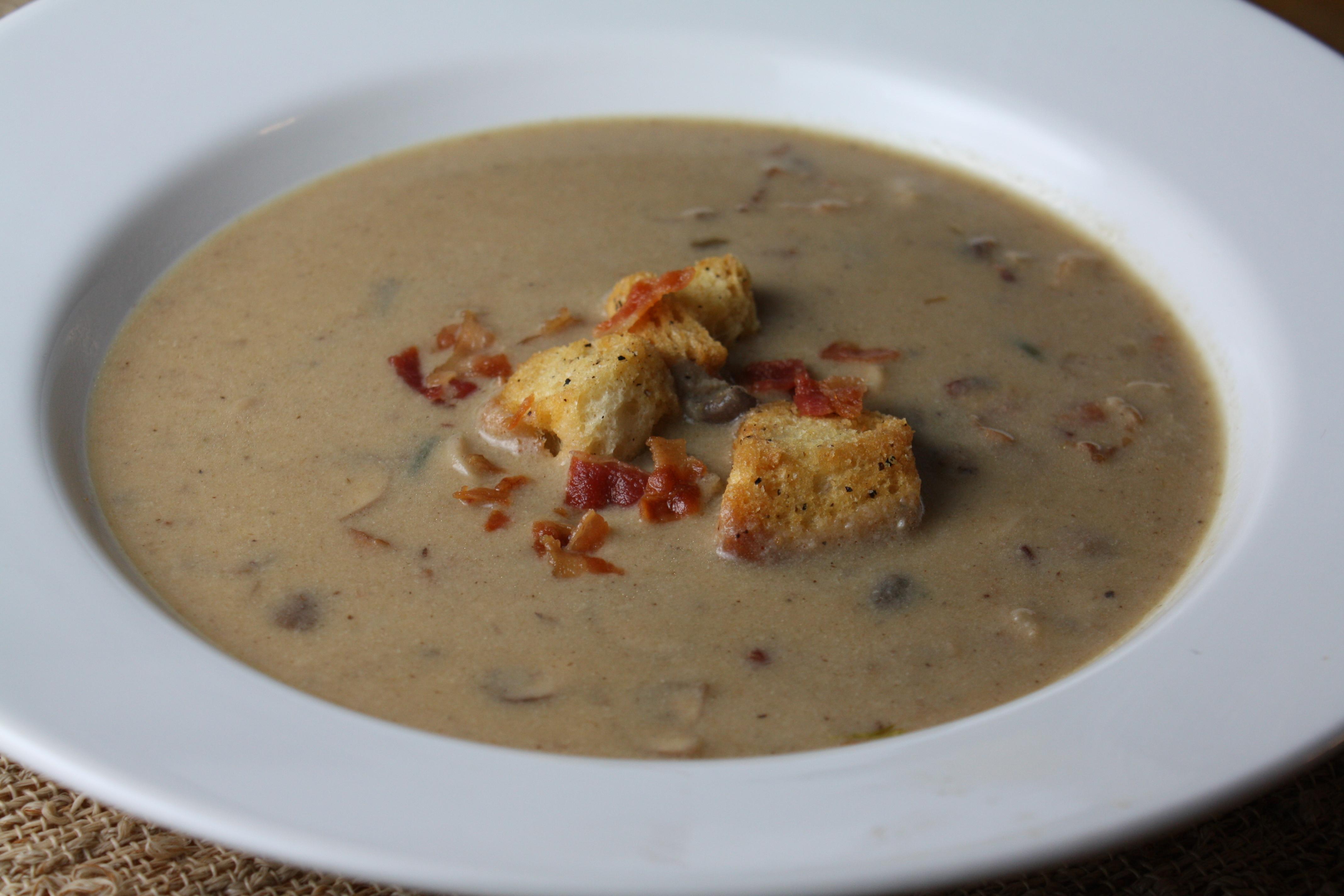 Creamy Bacon Mushroom Soup | The Gourmand Mom